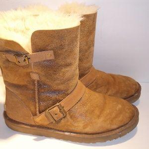 UGG Classic Short *Dylan Boots 11B